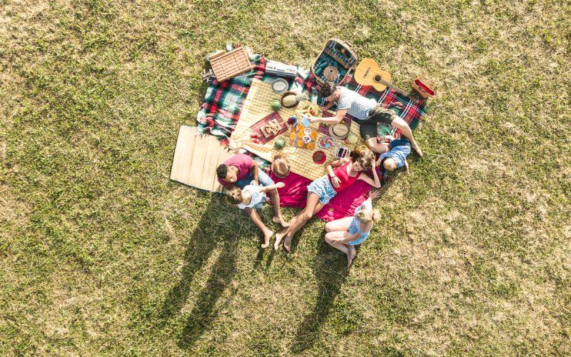 iStock-990365710-areaverde-picnic